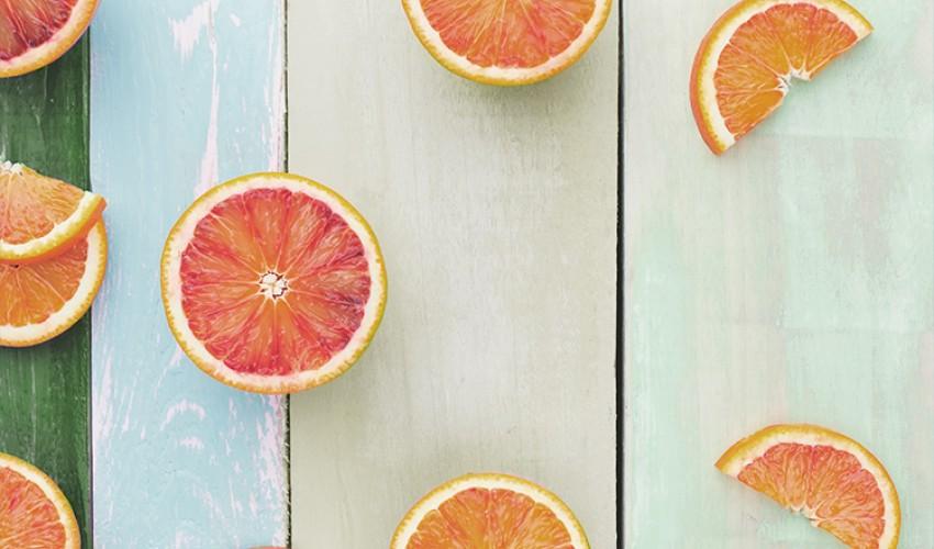 Витамины, которые нужны вам и вашей коже этим летом!